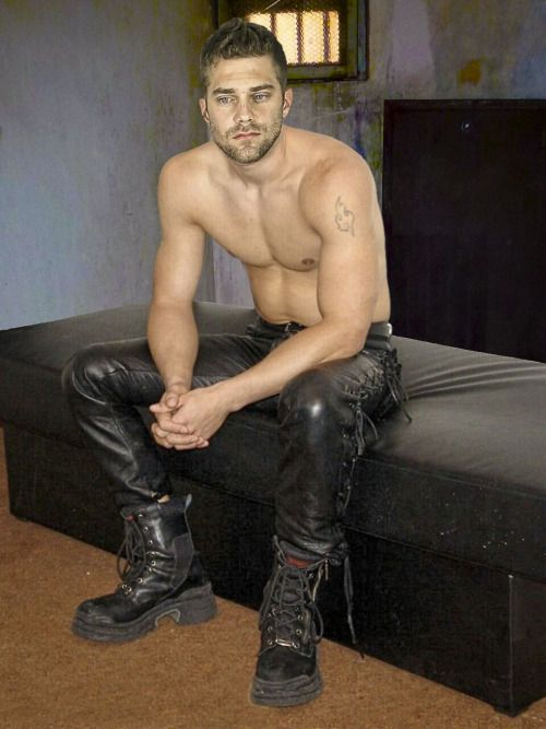 Gay Fetish Xxx  Hardcore Gay Leather Muscle Man-1502