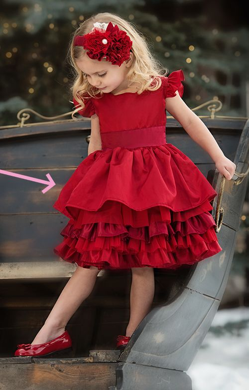 My fingers are just itching to make this!!!!  It's fabulous!!  Persnickety Loralei Dress in Holiday Red
