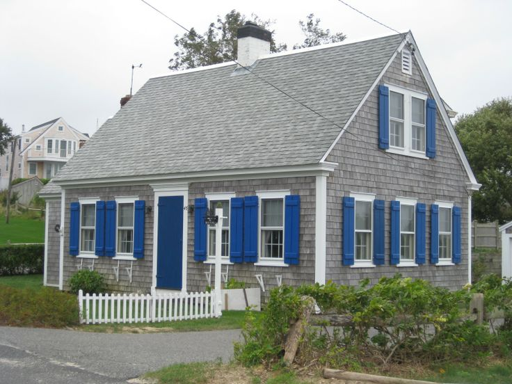 29 best images about cape cod style homes on pinterest for Cape cod exterior design