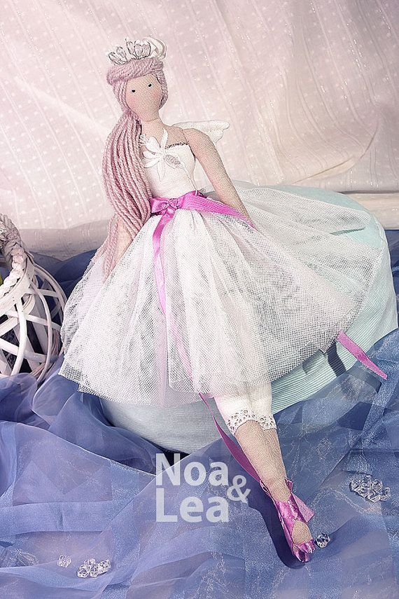 https://www.etsy.com/listing/232243532/nadia-tilda-inspired-doll-elegant-little?ref=shop_home_active_1  #ETSY
