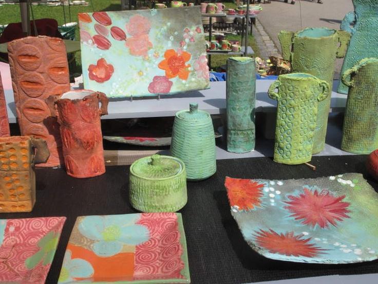 Foto of Beate Bentele, Diessener Töpfermarkt, ceramics of Susanne Altzweig,Diessen am Ammersee -> Fotoarchiv 2011