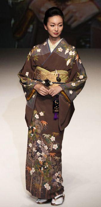 Silk Kimono by Yukiko Hanai