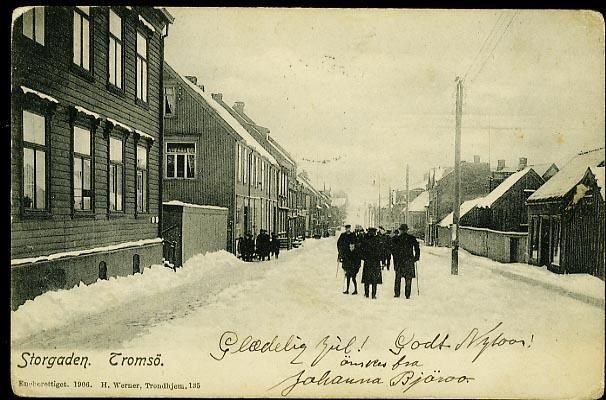 TROMSØ. Fint vintermotiv fra STORGADEN med folk Utg H.Werner 1906, brukt. 1907