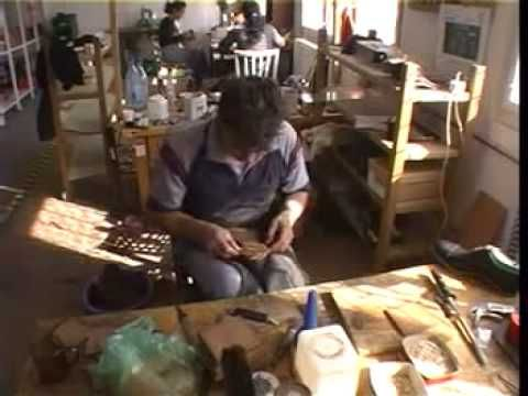 Saint Crispin´s workshop - insight view 2009 - YouTube