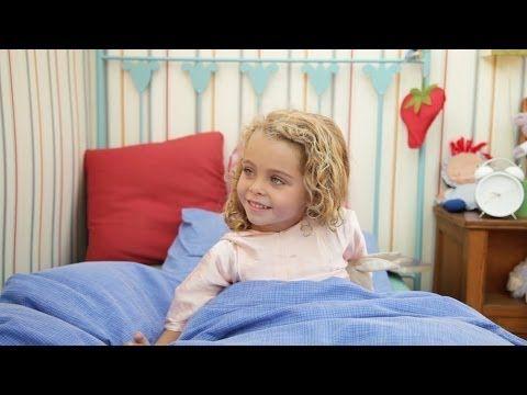 Dàmaris Gelabert crea els seus propis vídeos per a animar les cançonetes infantils.  http://www.youtube.com/channel/UCh4gZwRHxIetWXbJnp0XefQ?feature=watch