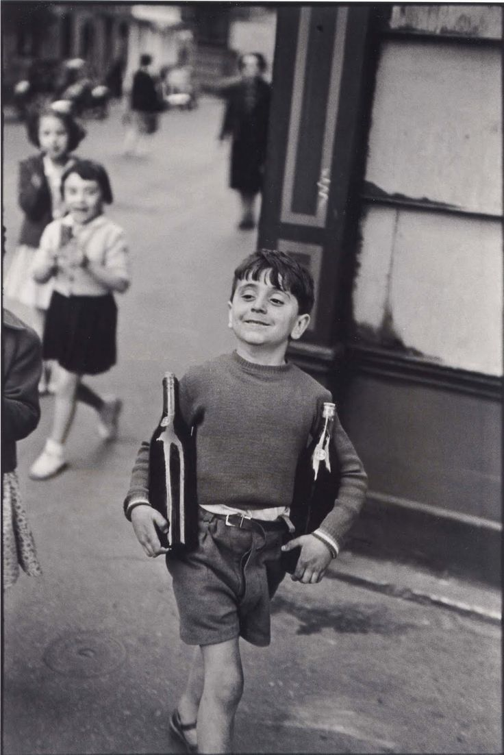 Paris 1954 Rue Mouffetard   Cartier Bresson