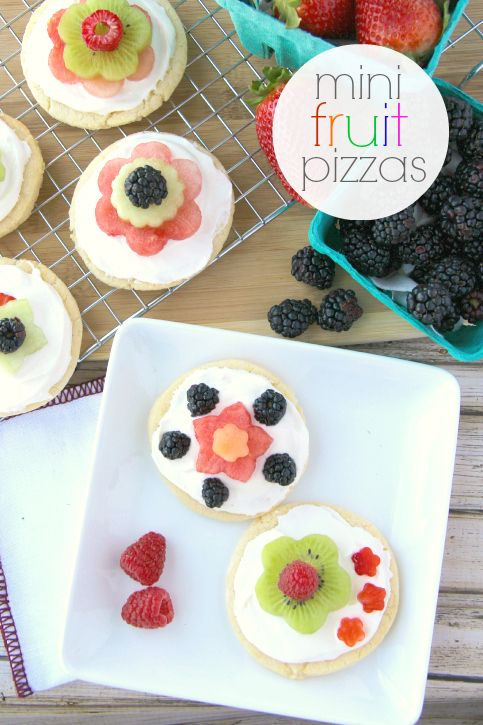 Mini Fruit Pizza ---- FamilyFreshMeals.com - Fruit pizzas are the best, aren't they? These miniature versions can be assembled before gathering or your can set out plain sugar cookies, the cream cheese topping and a variety of fruit flowers for people to design their mini fruit pizzas.