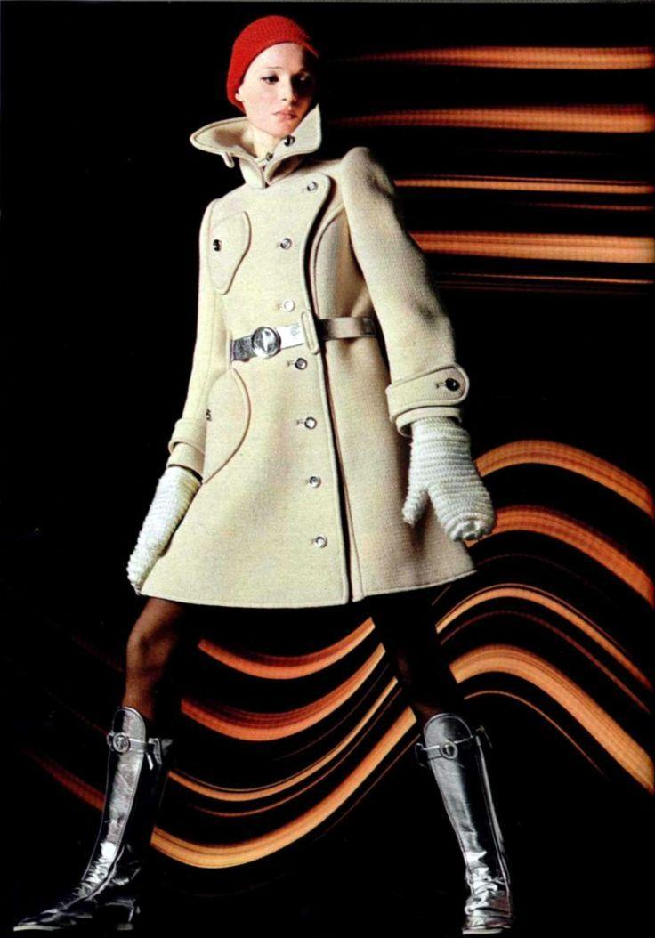 Fashion by Courreges for L'officiel magazine, 1969.
