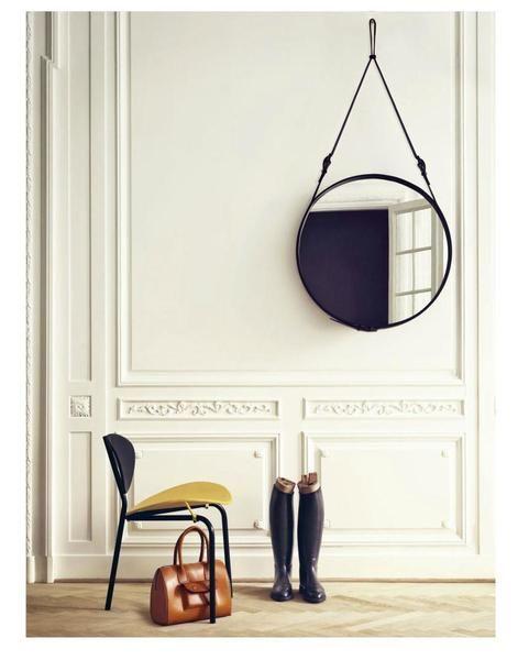 ber ideen zu gro e wandspiegel auf pinterest dekorative wandspiegel gerahmte spiegel. Black Bedroom Furniture Sets. Home Design Ideas