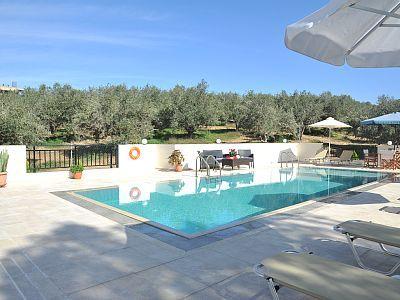 Rethymno villa rental - Villa Maria-Lay by the pool and enjoy the sun!