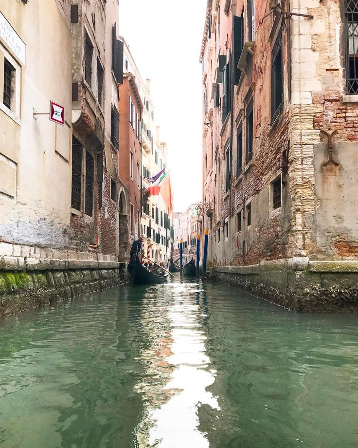 Canals of Venice, Venezia, Italy   @_shutterbug_bec_