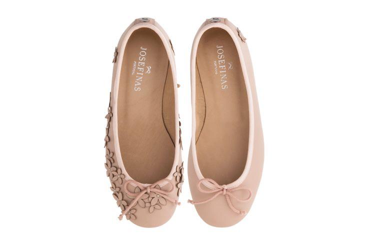 Feel elegant and feminine on your wedding with the new Josefinas Kate
