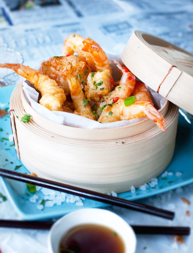 Tempura Prawns and Scallops with Asian Dipping Sauce