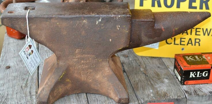 English Attwood Stourbridge anvil weight in lbs.