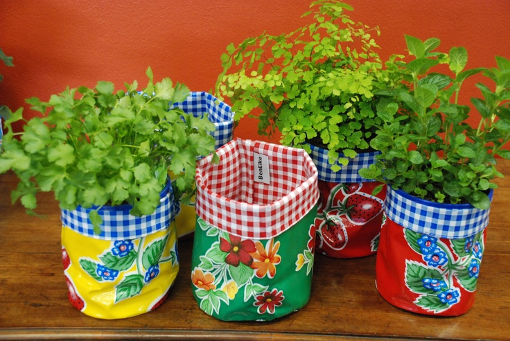 oilcloth nesting pots can be used to grow herbs.