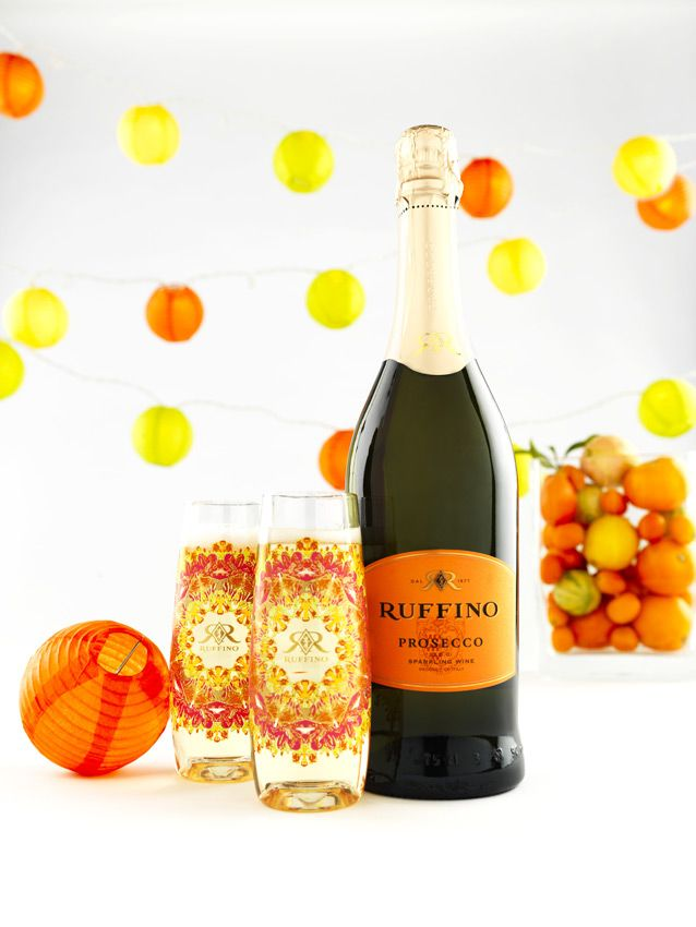 Phoenix Bride and Groom_Great Find_summer entertaining_RUFFINOPROSECCO