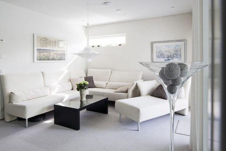 Ihanan valoisaa! #kivitalo #olohuone #sisustus #stonehouse #livingroom #decor #talotalo