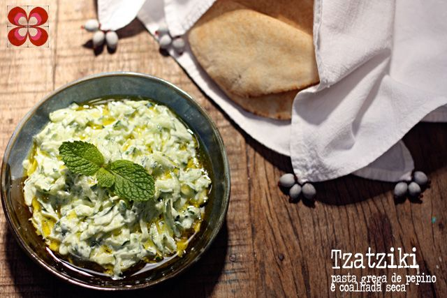 tzatziki-pasta-grega-de-pepino-e-coalhada-seca-(leticia-massula-para-cozinha-da-matilde)