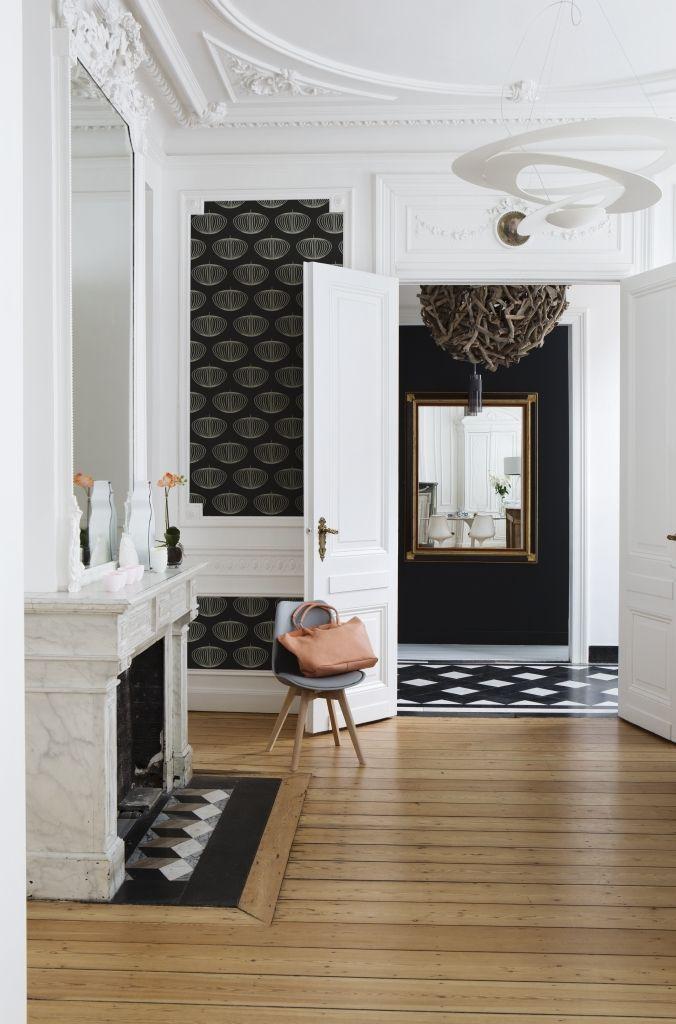 25 beste idee n over behang plafond op pinterest plafond kunst plafondtegels geschilderd en - Scheiding in hout deco interieure ...