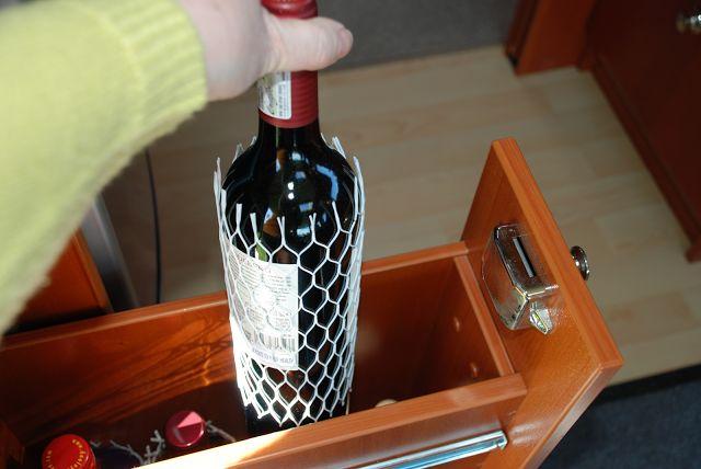 Sanna's RV life-Sannas husbilsliv: #9 How to store glass bottles, part 1-Förvara glas...