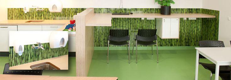 Bamboo Background ontwerp te zien in de kantine van het nieuwe laboratorium van het AMC ziekenhuis te Amsterdam