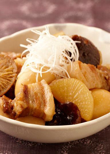 椎茸と大根のゆっくり煮 のレシピ・作り方 │ABCクッキングスタジオの ... 豚肉と干し椎茸・大根・茹で卵を使って中華風煮物に仕上げます!甘辛い味がどんな世代の方にも楽しんでいただけます。ごはんが進む一品です♪