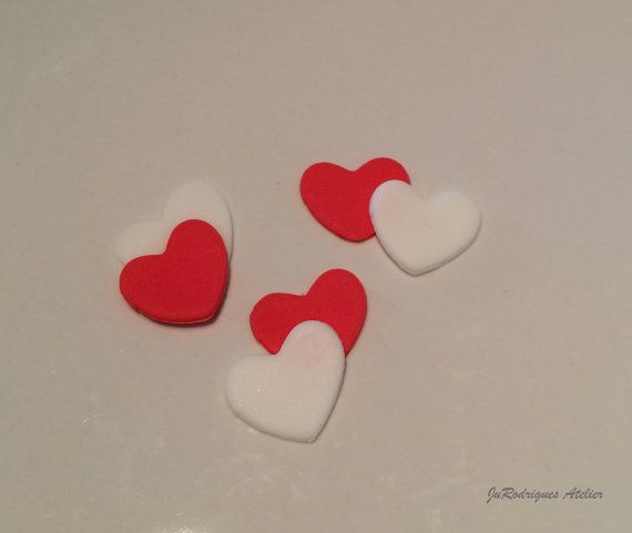 Little Hearts Cupcake Toppers / Fondant by JuRodriguesAtelier