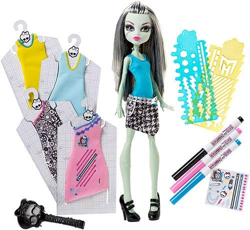 Monster High Designer Booo-tique Frankie Stein Doll & Fashions: Frankie Stein looks electrifyingly bootiful in fabulous new fashions!