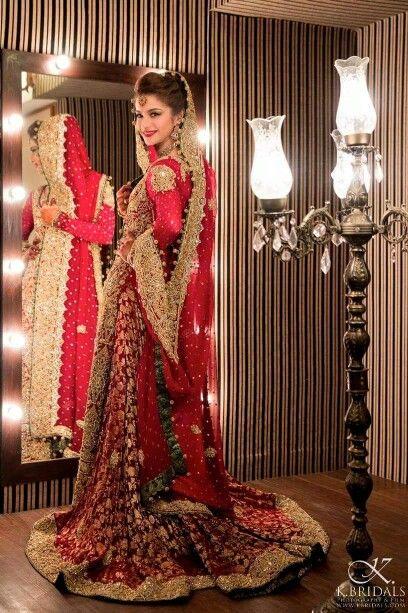Beautiful red wedding dress