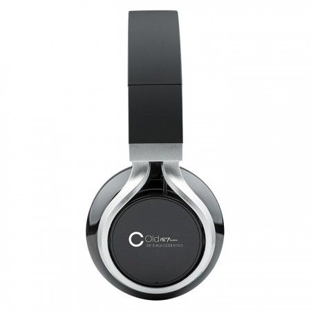 "RT LAYLAW: BUY THE ""COLD187UM"" BLUETOOTH INTERACTIVE HEADPHONES GET THE #BLACKGODFATHER ALBUM FREE  https://www.controlindustry.com/artists-a-e/cold-187-um/cold-187um-bluetooth-headphones pic.twitter.com/RILF93HPNn"
