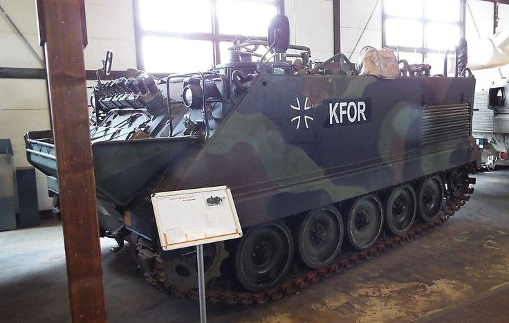 US M113 Führung-Funk Panzer Museum Munster