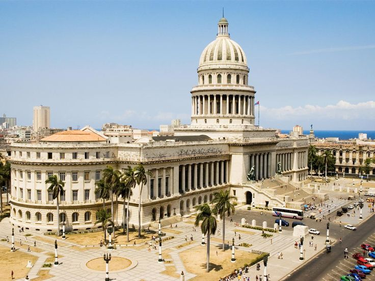 Often referred to as the twin of the U.S. Capitol, Havana's National Capitol Building houses members of the National Assembly and Communist Party.