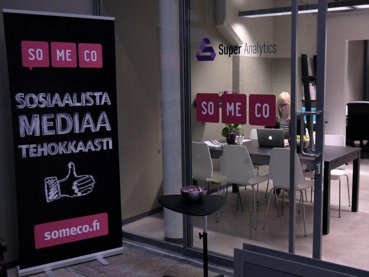 Tunnelmia Somecon toimiston ja Logomo Byårn avajaisista