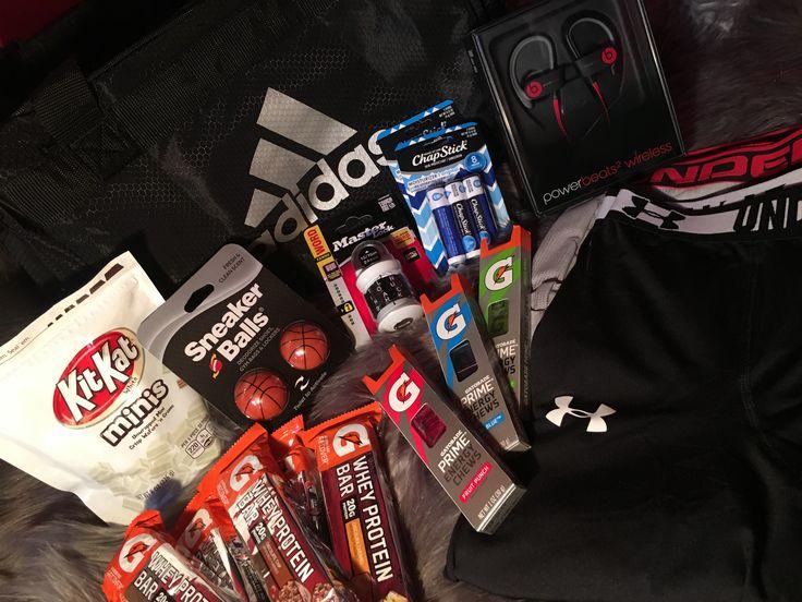 Creative gift ideas for him, gym bag essentials.