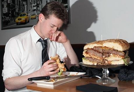 5 of the best Man vs. Food challenges in London. Burgers at Blacks, Croydon!