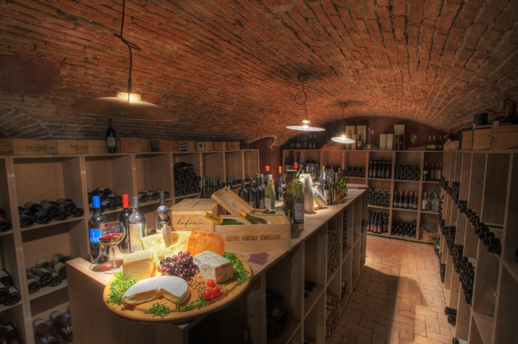BEST WESTERN VILLA APPIANI. #boutique #hotel in Trezzo sull'Adda. Wine Cellar