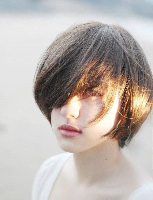 Cute Pixie . This is a form of Asian girls hairstyles short length. a fairly pixie haircut for Asian ladies. This hairstyle is fashionable to refresh your trendy look this season. #cuteshortgirlhairstyles