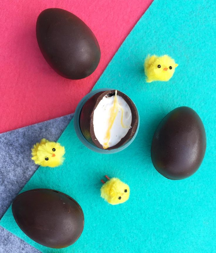 "Vegan Creme Eggs ""Happy Easter. Here's a shot I took got the @treat.dreams Easter menu. Can't wait to find out what's going to turn up on the April menu. Check out their…"""