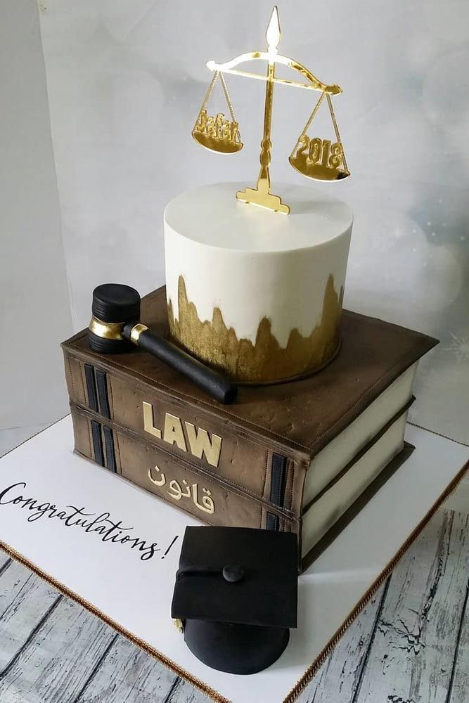 12 Cool And Unique Graduation Cake Ideas For Your Special One
