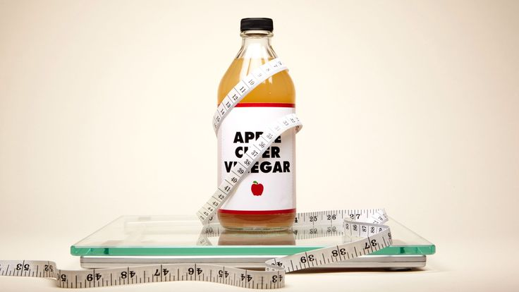 Apple cider vinegar is a helpful health tonic that has shown promise in helping diabetes, cancer, heart health, high cholesterol, and weight loss, and for years people have used apple cider vinegar as a folk remedy to lower fever and aid indigestion. Reach for apple cider vinegar to cure everything from the hiccups to common cold symptoms.
