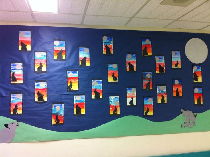 Science Art Wolf Bulletin Board: We explored a wolf pelt and learnt about wolf behaviours. We created these pieces with paint pucks and construction paper.