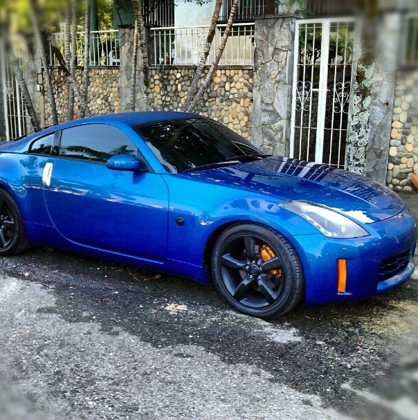 blue nissan 350z oh my gosh i just fell in love i want this so bad cars i love. Black Bedroom Furniture Sets. Home Design Ideas