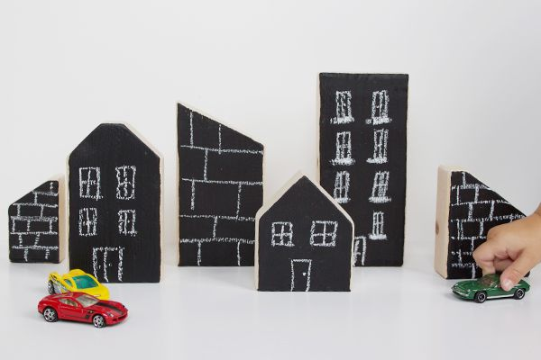 DIY chalkboard city blocks - from Hello Bee