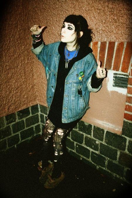 Punk rock grunge hairstyle and fashion 80ies 90ies good old grunge days