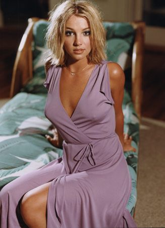 Britney Spears 2000 | Britney-2000-britney-spears-6827190-327-450.jpg