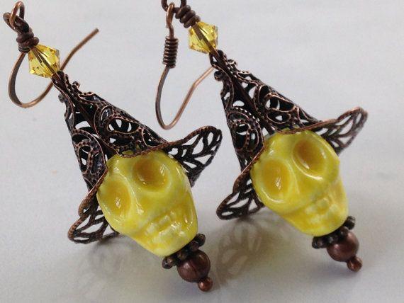 Skull Earrings, Yellow Skull Earrings, Horror Jewelry, Halloween Earrings…