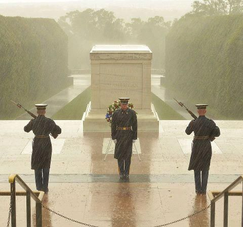 Soldiers of the 3rd Inf Reg. continue to stand guard at the Tomb of the Unknown Soldier, despite the worsening weather conditions. The tomb has been guarded continuously since 1948.
