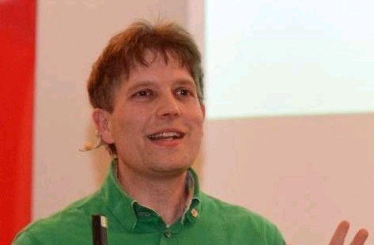 "Metzger Claus Böbel: ""Die Leute müssen sich das Maul zerreißen"" https://www.morgenweb.de/bergstraesser-anzeiger_artikel,-lorsch-metzger-claus-boebel-die-leute-muessen-sich-das-maul-zerreissen-_arid,1153960.html?utm_content=buffer7a1f0&utm_medium=social&utm_source=pinterest.com&utm_campaign=buffer"