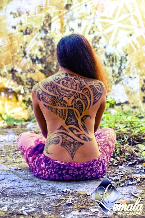The art of Polynesian tattoos and traditional motifs, is considered one of the most artistic, beautiful and complex forms of tattooing in the ancient world. This ancient art has evolved over thousands of years, pre-dating the arrival of European Explorers in the South Pacific by centuries.