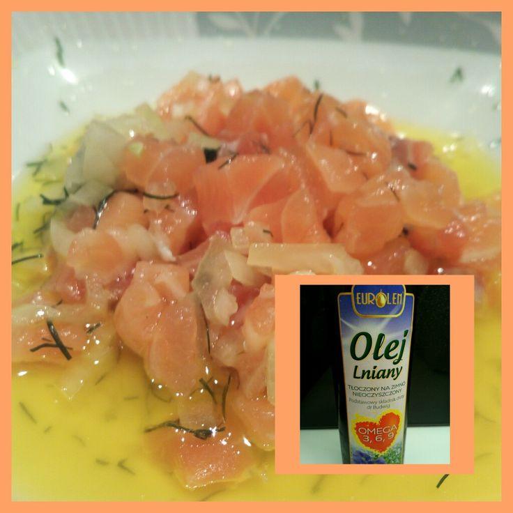 #tatar_łosos_lniany #lnianyzlososiem #niedziela_z_lnianym #zyjzdrowo W niedzielę polecamy tatar z łososia z olejem lnianym. Posiekać łososia, cebulę, koper, dodać sól i olej lniany. Smacznego. Polub i udostępnij!